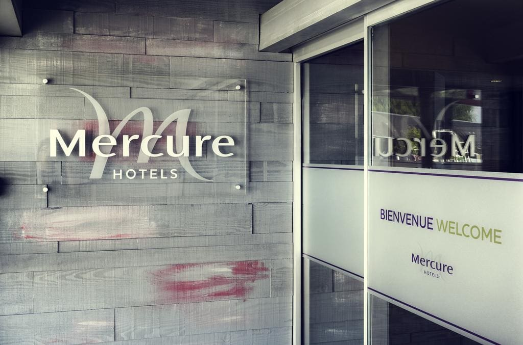 Sleep iN France: Mercure Honfleur, Normandy