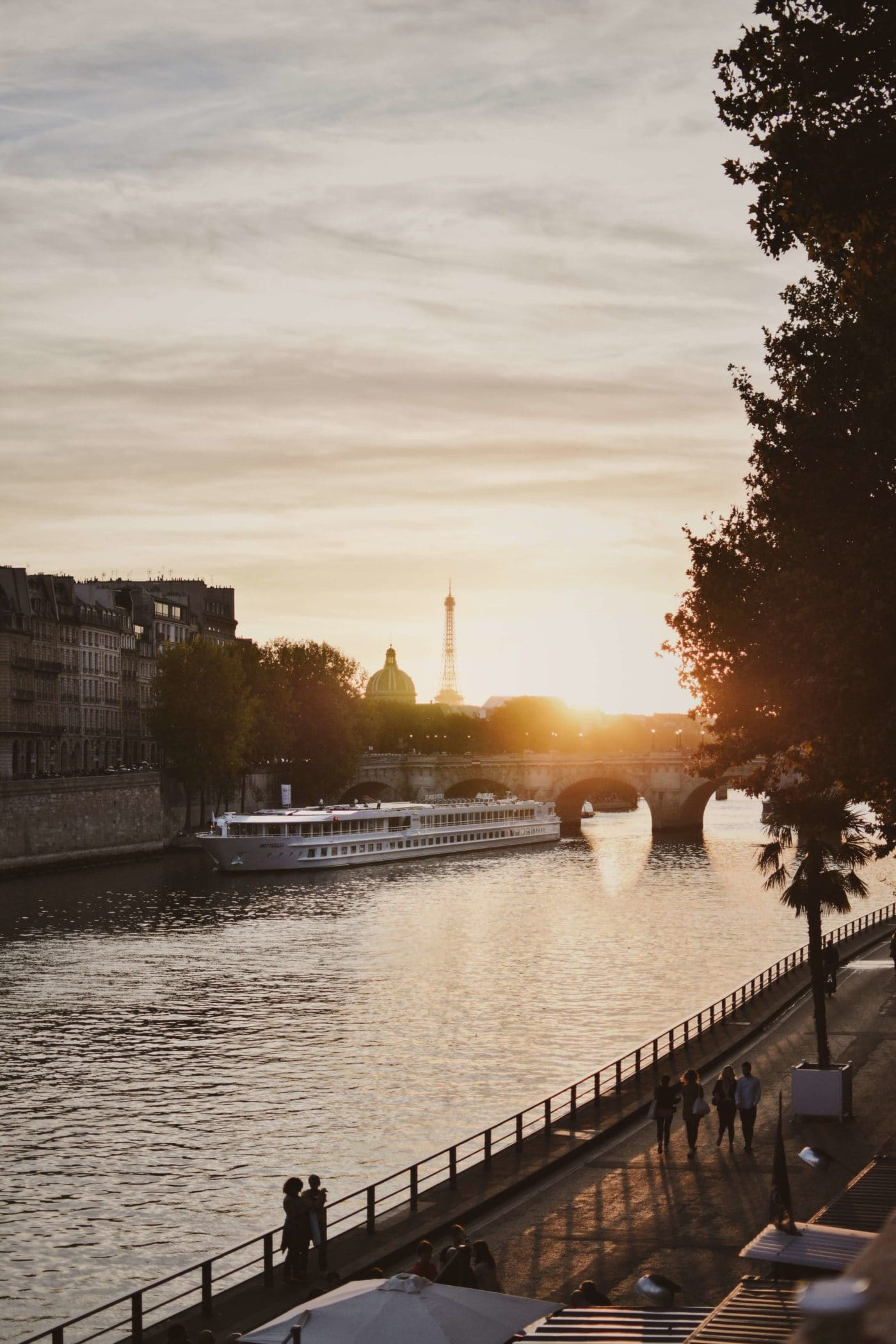 Postcard from France: MS Boticelli iN Paris